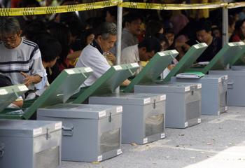 Thai_polls